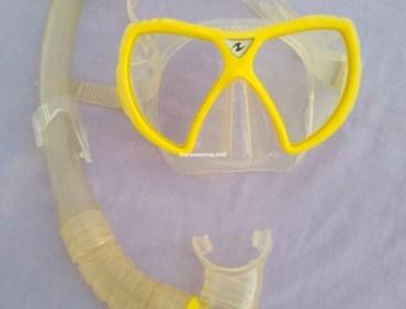 Masque de plongée tout neuf Cressi sub original et importé