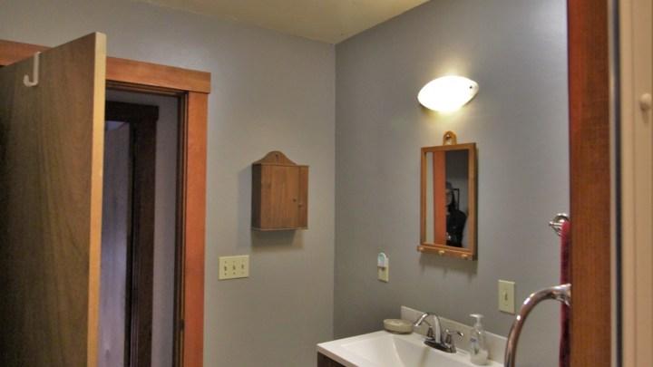 Lavender Room Bathroom