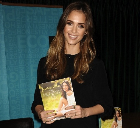 "Jessica Alba Signs Copies Of Her New Book ""The Honest Life"""