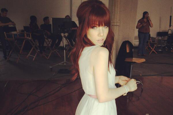 carly_rae_jepsen_red_hair