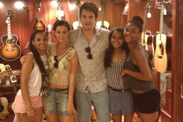 Katy Perry, John Mayer & Fans