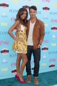 Danielle & Kevin Jonas