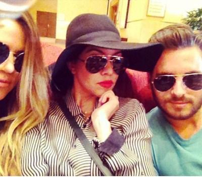 Khloe Kardashian, Kourtney Kardashian & Scott Disick