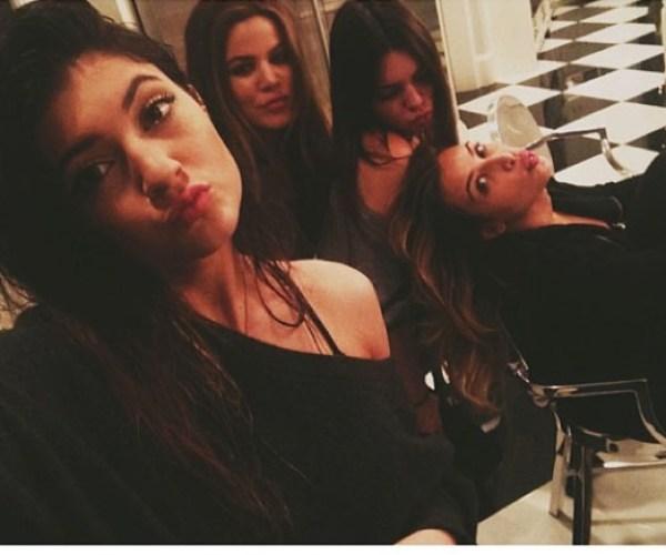 Kylie Jenner, Khloe Kardashian, Kendall Jenner & Kim Kardashian