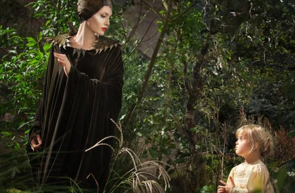 Angelina Jolie & Vivienne Jolie-Pitt
