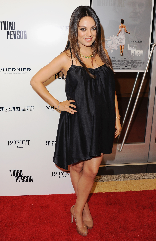 mila kunis red capet PIC: See Mila Kunis' Red Carpet Baby Bump!