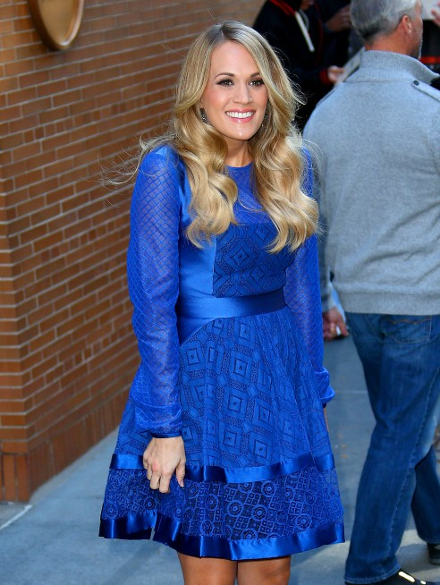 Carrie underwood flaunts small baby bump reveals due date for How many kids does brad paisley have
