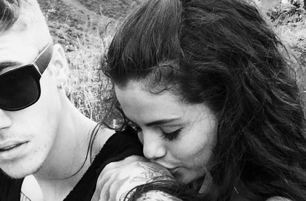 justin bieber selena gomez pda kissing