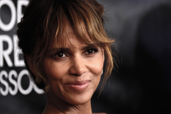 BEVERLY HILLS, CA - AUGUST 13:  Actress Halle Berry arrives at the Hollywood Foreign Press Association Hosts Annual Grants Banquet at the Beverly Wilshire Four Seasons Hotel on August 13, 2015 in Beverly Hills, California.  (Photo by Frazer Harrison/Getty Images)
