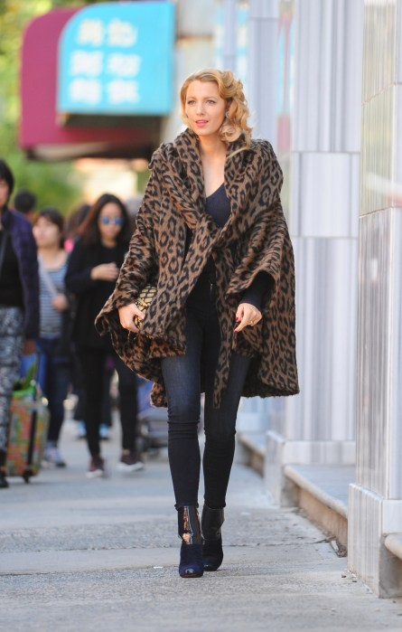 Blake Lively Spotted on the Set of An Untitled Woody Allen FilminNewYork