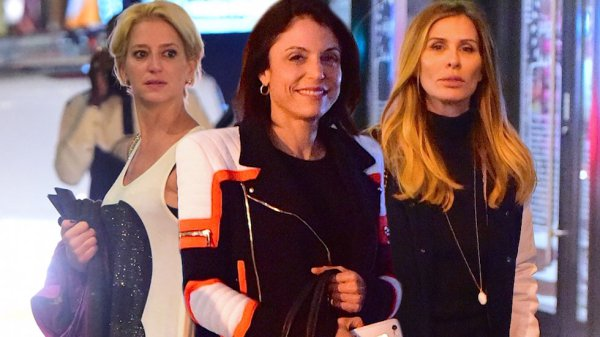 Bethenny-frankel-rhony-birthday-celebration-cast-05