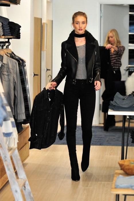Rosie Huntington-Whiteley Holiday Shopping at the Paige storeatTheGrove