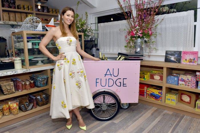 Grand Opening Of Au Fudge, Presented ByAmazonFamily
