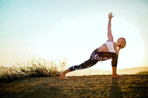 Yoga3-483x322