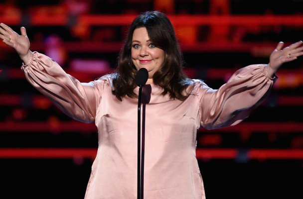 melissa mccarthy not invited gilmore girls reunion