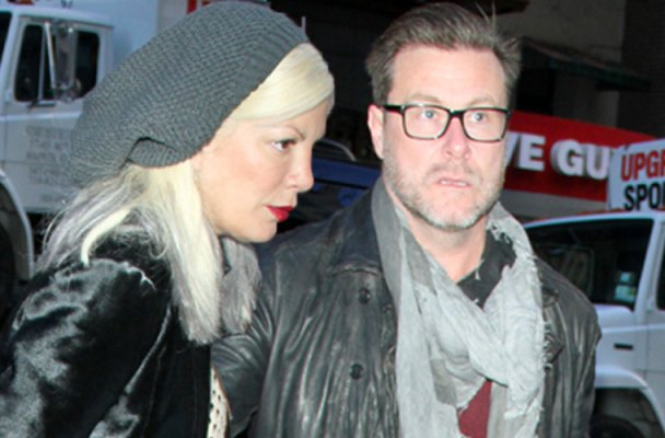 tori spelling broke pays child support dean mcdermott
