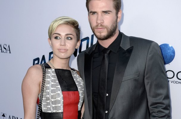 liam hemsworth miley cyrus engagement not true denial