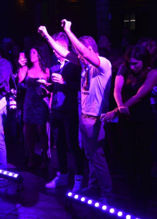 hollywood-rocks-party-star-magazine-4