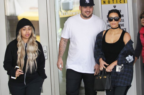 kim-kardashian-hangs-out-with-blac-chyna-rob-kardashian-14