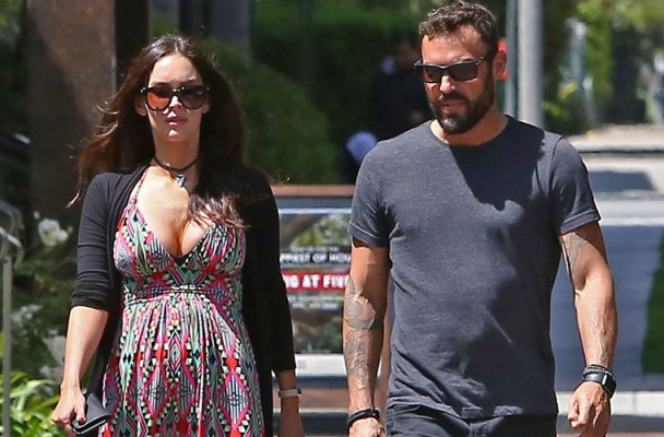 megan fox pregnant brian austin green divorce first sighting pics
