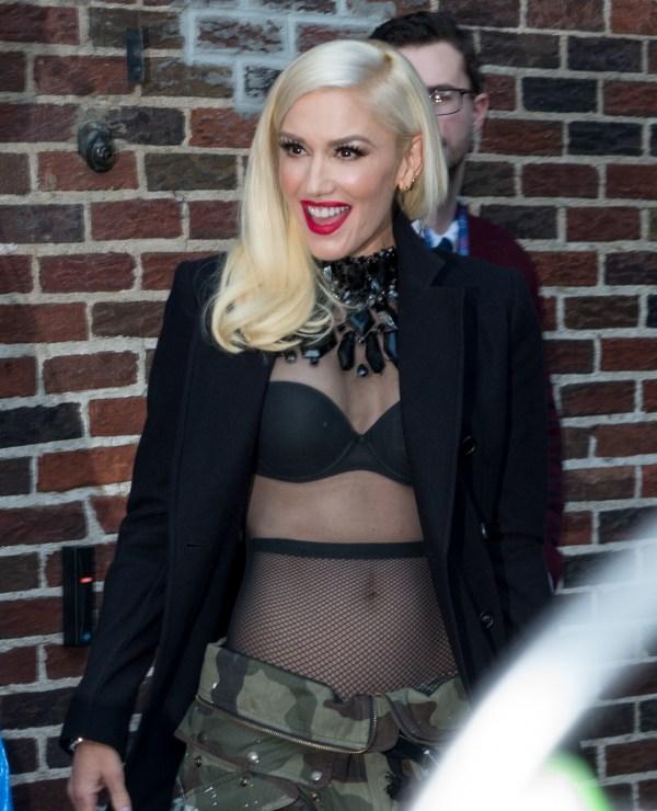 Pregnant Gwen Stefani Pulls Of Offensive April Fool S Joke