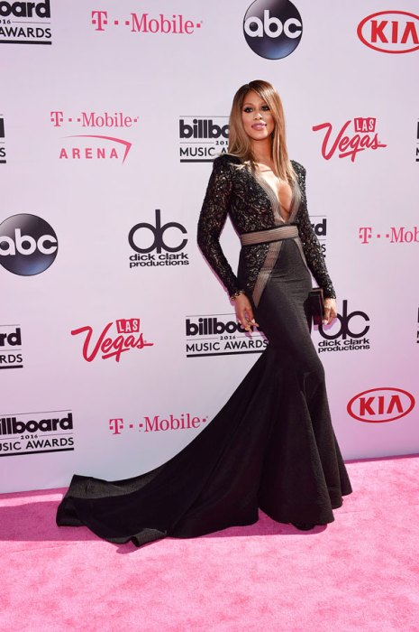 best-worst-dressed-billboard-awards-red-carpet-pics-02