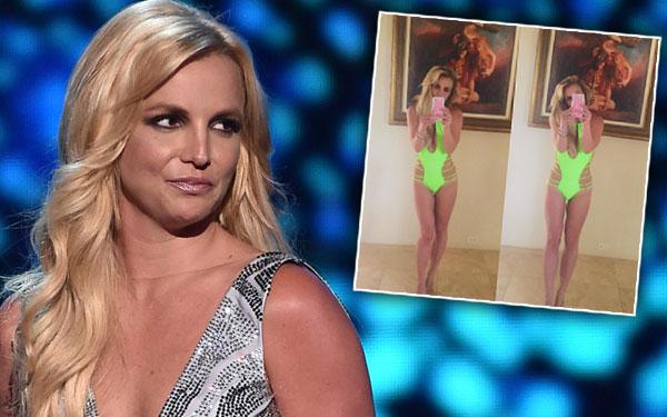Britney Spears Bikini Photos Edited Photoshop Fail Pics 1