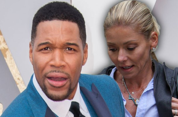 kelly ripa michael strahan live with kelly and michael daytime emmy win reaction