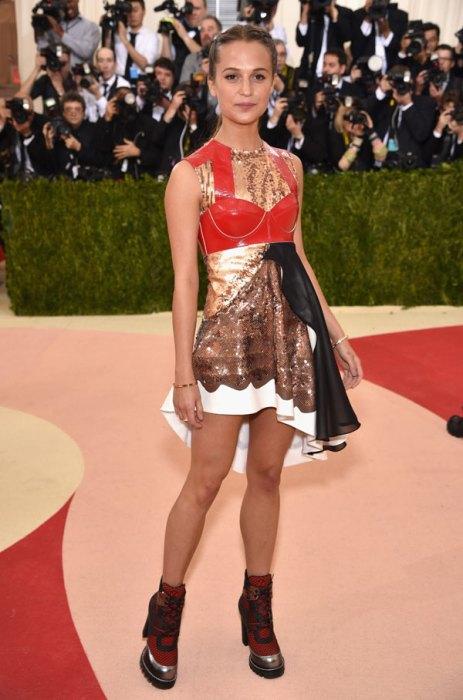 met-gala-2016-red-carpet-fashion-best-worst-pics-07