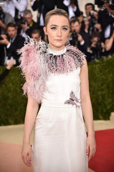 met-gala-2016-red-carpet-fashion-best-worst-pics-13