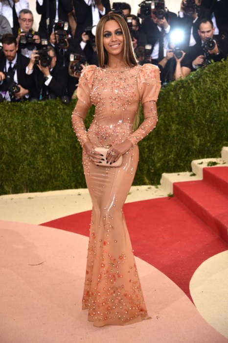 met-gala-2016-red-carpet-fashion-best-worst-pics-56