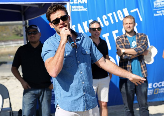 Scott Eastwood Supports Davidoff Cool Water's #LoveTheOcean Campaign at a Beach Cleanup