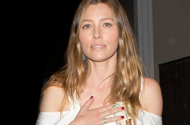 Jessica Biel Airport LAX Justin Timberlake Slapped Golf Tournament Video