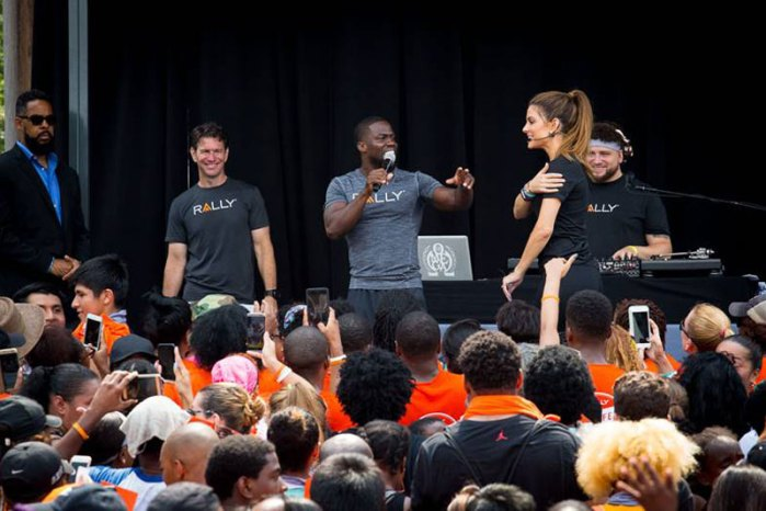 kevin-hart-rally-health-fest-04