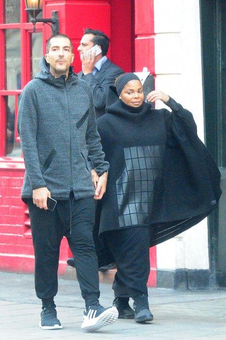 janet-jackson-pregnant-wissam-al-mana-islamic-dress-pics-8