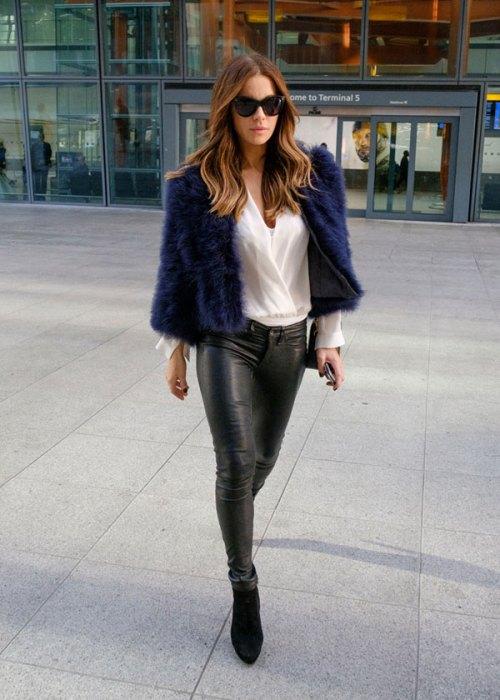 EXCLUSIVE: Kate Beckinsale arrives at HeathrowAirport
