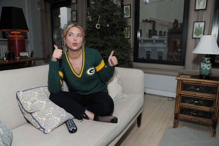 Ashley Benson Cheering onthePackers