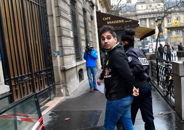 kim-kardashian-paris-robbery-suspects-arrested-motive-kuwtk-4
