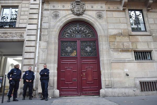 kim-kardashian-paris-robbery-suspects-arrested-motive-kuwtk-5