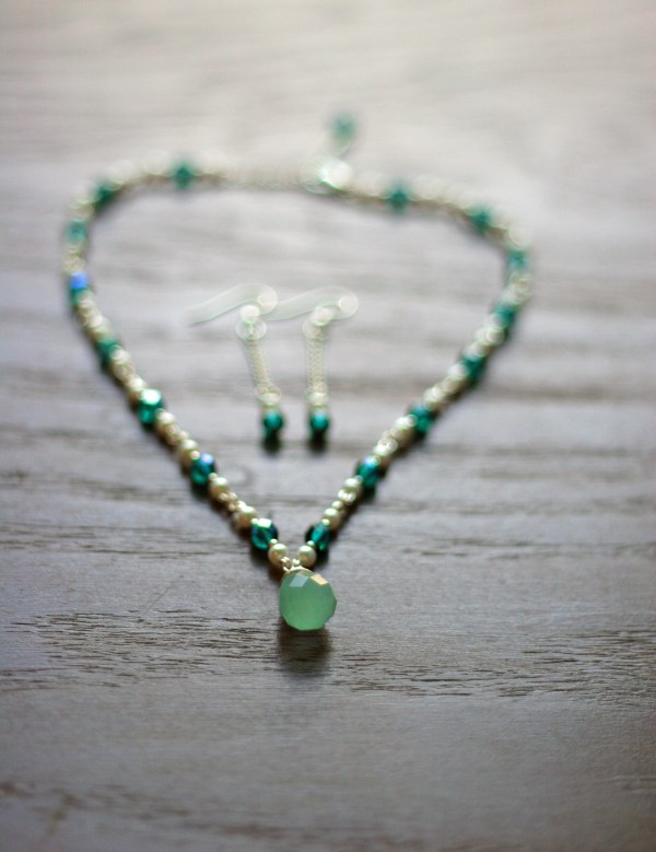 green jewelry tutorial