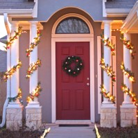 Lit Ornament Garland