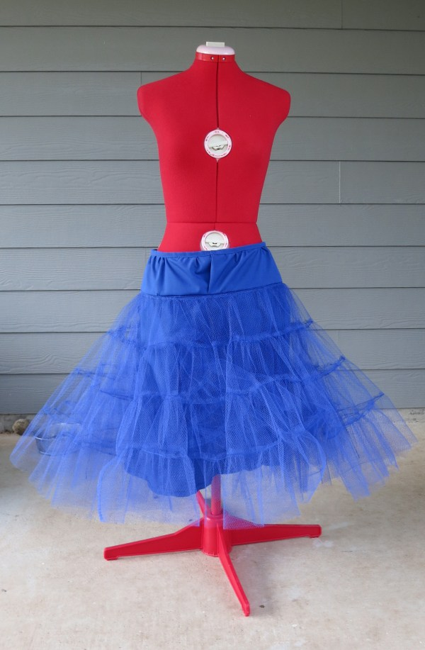 DIY Blue Pettiskirt
