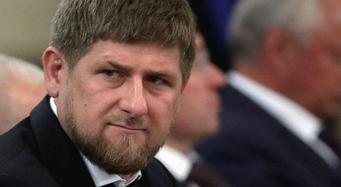 Шуточный видеоролик про Кадырова набрал почти миллион просмотров за сутки                                                                                                                            Қадыров туралы миллионға жуық қарап шыққан әзіл-сықақ бейнеролигі