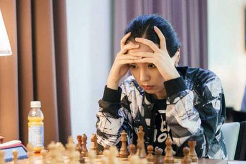 Казахстанская шахматистка вошла в топ-15 мирового рейтинга