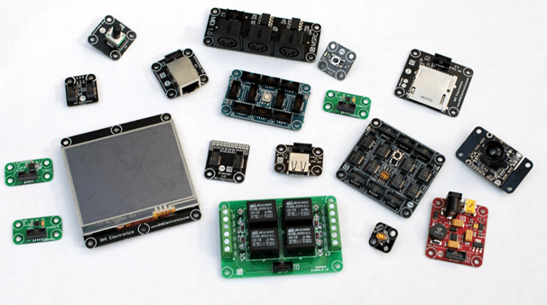Gadgeteer modules - Credit Microsoft