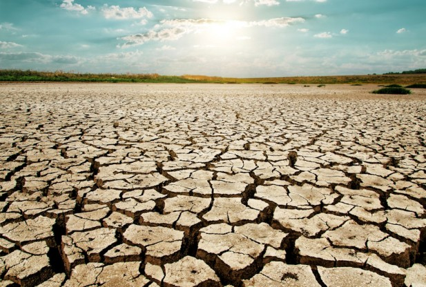 http://i1.wp.com/stateofthenation2012.com/wp-content/uploads/2015/04/drought-617x416.jpg