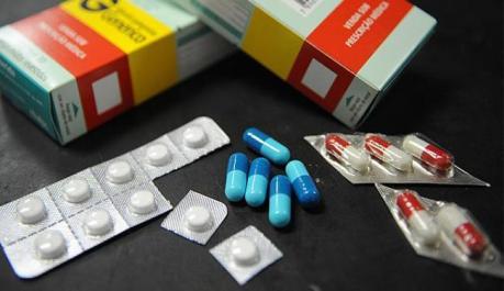 Resultado de imagem para Alta de ICMS encarece medicamentos em 12 estados