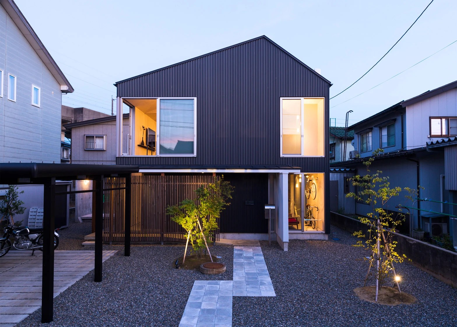 Hilarious Of Go Bang House By Shoji Takeru Architects Go Bang House By Takeru Shoji Architects References Japanese House Minecraft Japanese House Exterior curbed Modern Japanese House