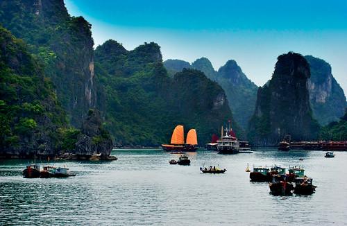 Ha Long Bay traffic (postcard edited)