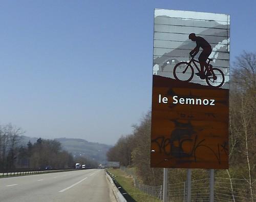 Le Semnoz - highway sign